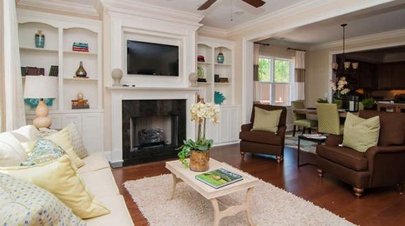 woodlands-monterey-livingroom