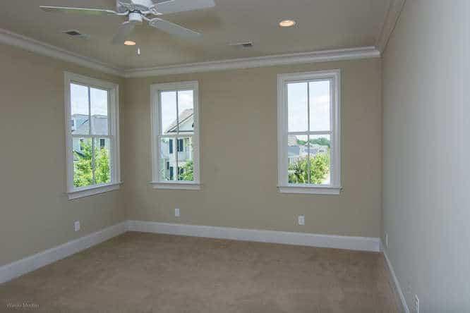 Room with corner windows