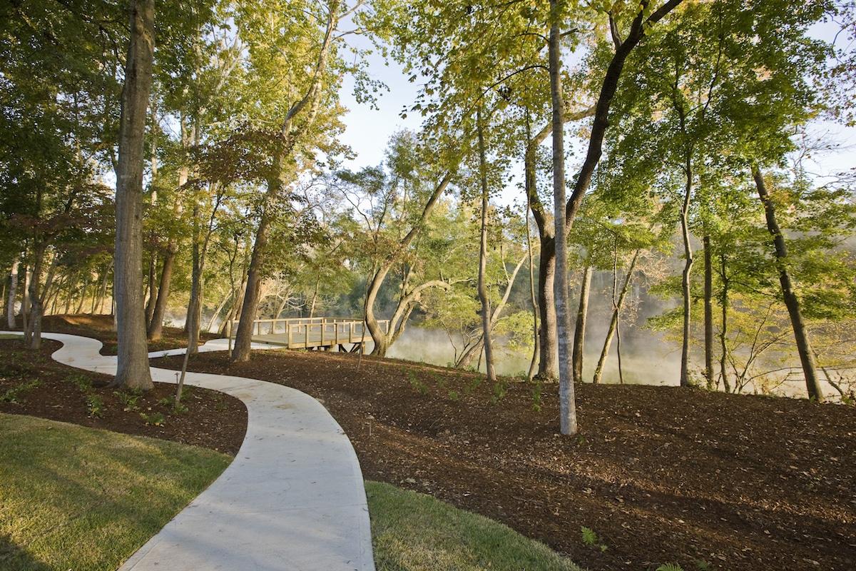 Saluda River Club path along the river
